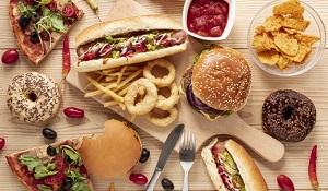O que acontece com o corpo após consumir Fast Food - Fusesc